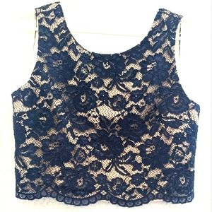 REVIEW Navy lace crop singlet/tank